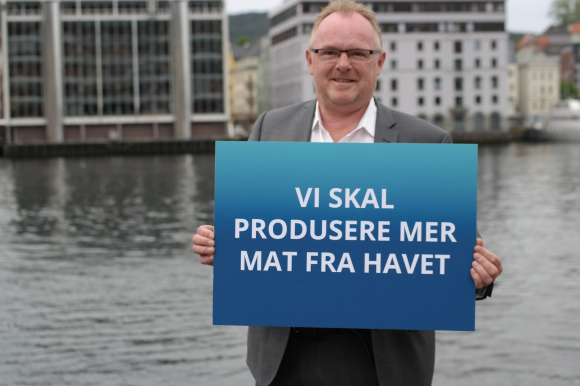 Per Sandberg, Norwegian Minister of Fisheries:  Researchers should share the ambitions of industry and government.