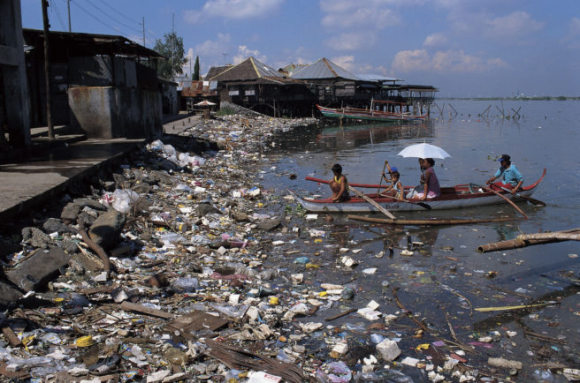 Plastic pollution in the Philippines - the world's third most plastic polluting country